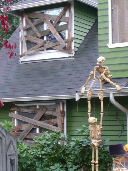 25+ best ideas about Halloween Yard Decorations on