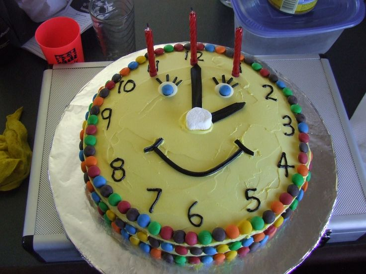 Clock cake  Cool Cakes  Pinterest  Clock Photos and Products