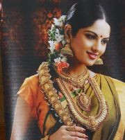 south indian bride with temple