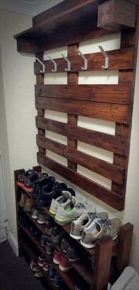 Best 25+ Pallet coat racks ideas on Pinterest | Coat rack ...