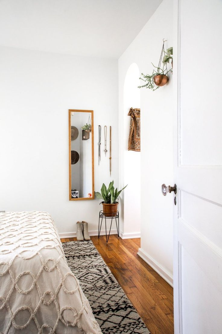 1000 ideas about Vintage Inspired Bedroom on Pinterest