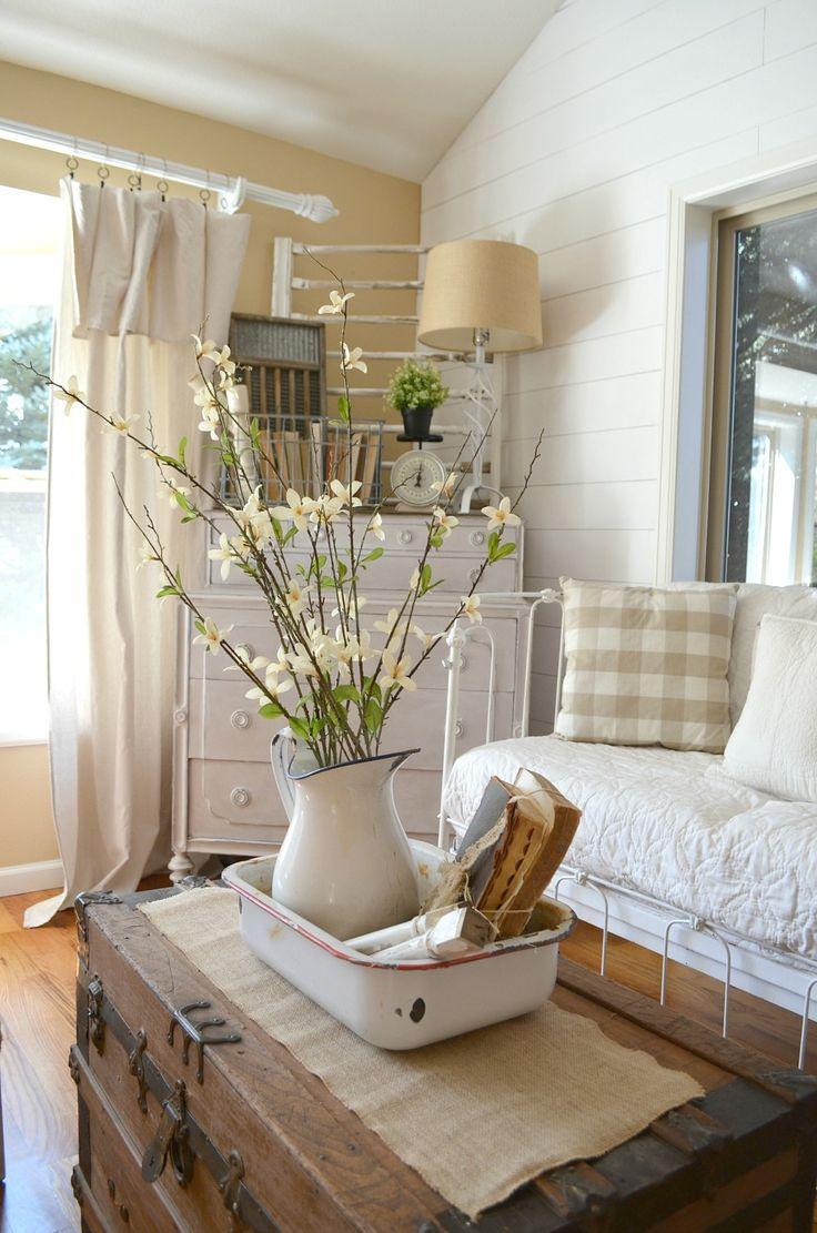 Best 25 Vintage farmhouse decor ideas on Pinterest