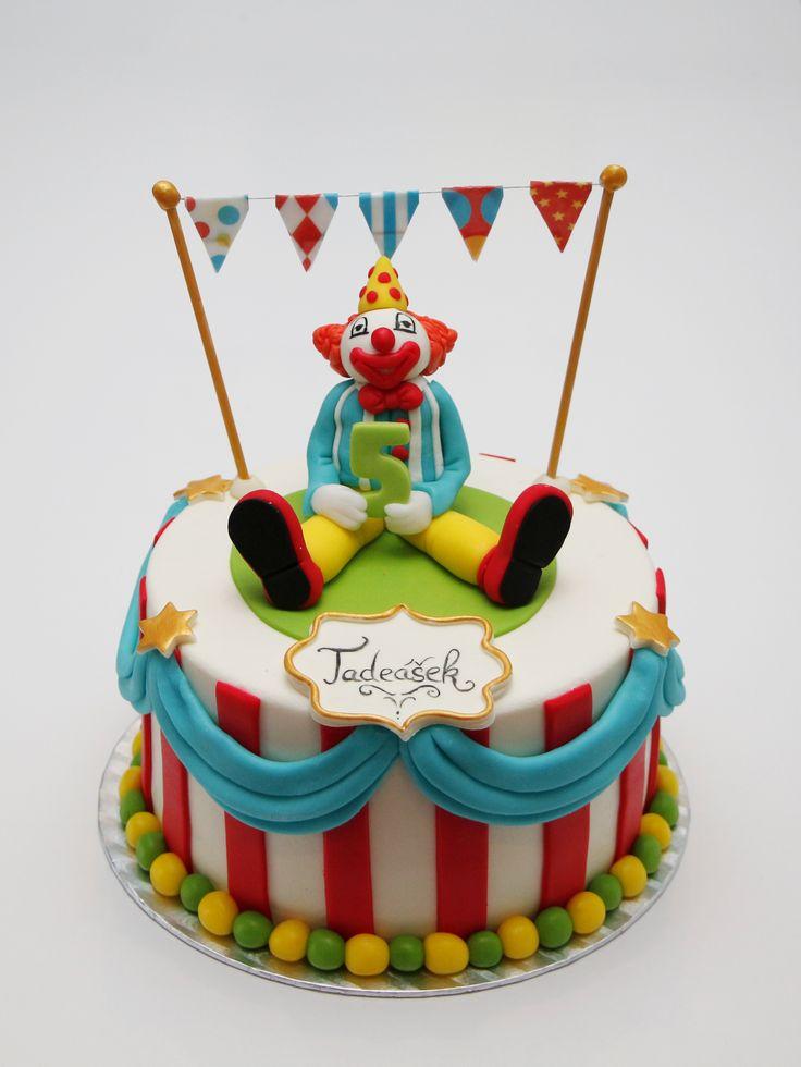 17 Best ideas about Clown Cake on Pinterest  Clown