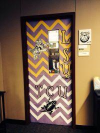 25+ best ideas about College Door Decorations on Pinterest ...