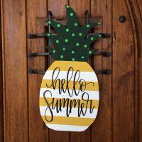 25+ best ideas about Door hangers on Pinterest | Fall door ...