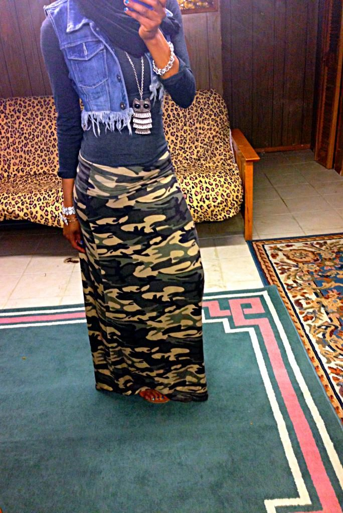 Camo maxi skirt I want this outfit  Shes Country