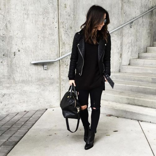 All black outfits are fashion hacks that make getting ready for morning seminars a breeze!