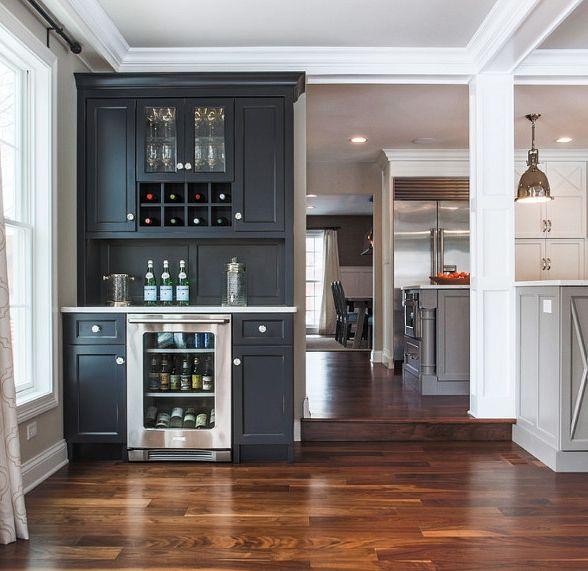 Best 25 Built in bar ideas on Pinterest  Basement kitchen Brick veneer wall and Wet bar basement