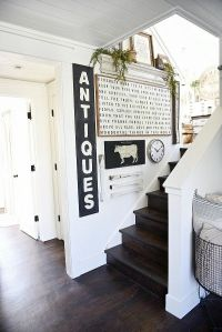 DIY stairway gallery wall - A great blog for DIY farmhouse ...