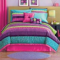 NEW Seventeen VENUS 2Pc Twin Comforter Set $160 Pink