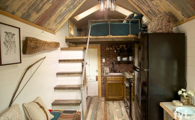 Interior Of A House On Tiny House Nation Fyi Channel