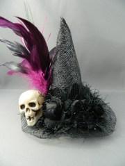 skull 1 - mini witch hat