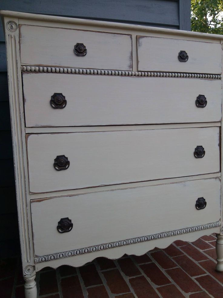 General Finishes Milk Paint Linen and Antique white with