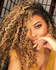 highlights curly hair