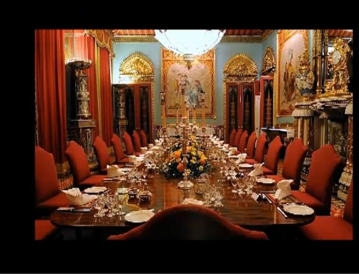 Chinese Dining Room Buckingham Palace Set For Dinner