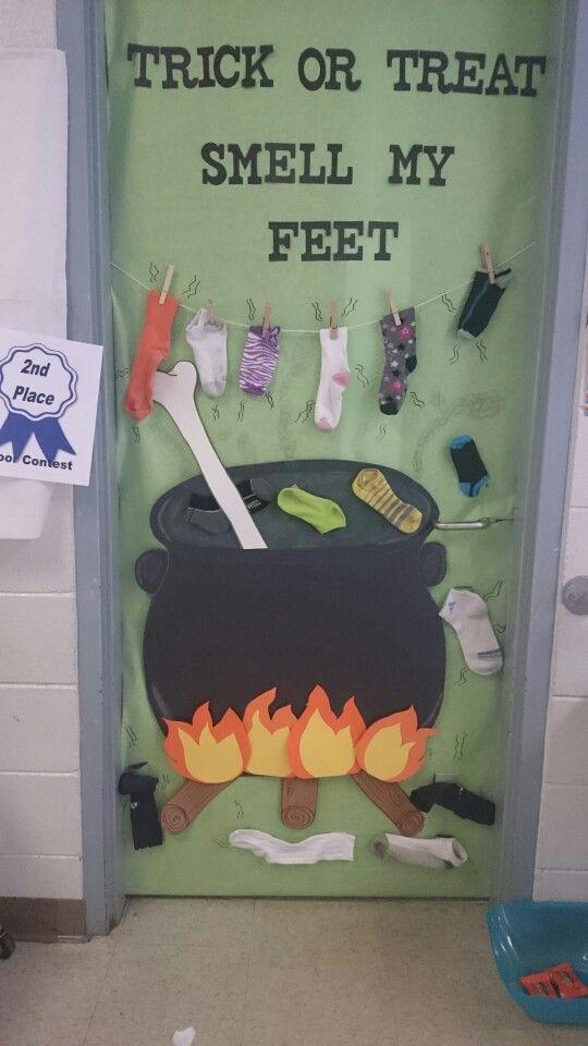 25+ best ideas about Halloween classroom door on Pinterest