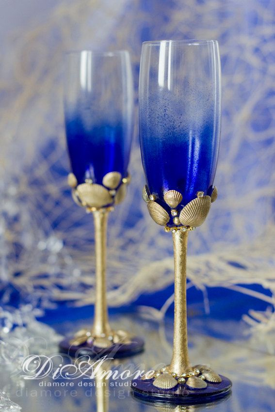 Personalized Beach Wedding Champagne Flutes Sea Wedding Glasses Royal Blue Champagne Glasses