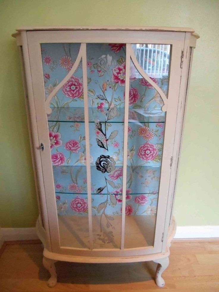 Shabby Chic Hand Painted Wooden Display CabinetCupboard