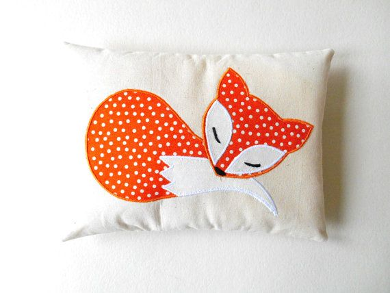 cat friendly sofa fabric bed 2 in 1 bestway best 25+ fox pillow ideas on pinterest | design ...