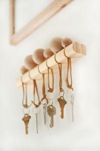 Best 20+ Wooden key holder ideas on Pinterest   Mail ...