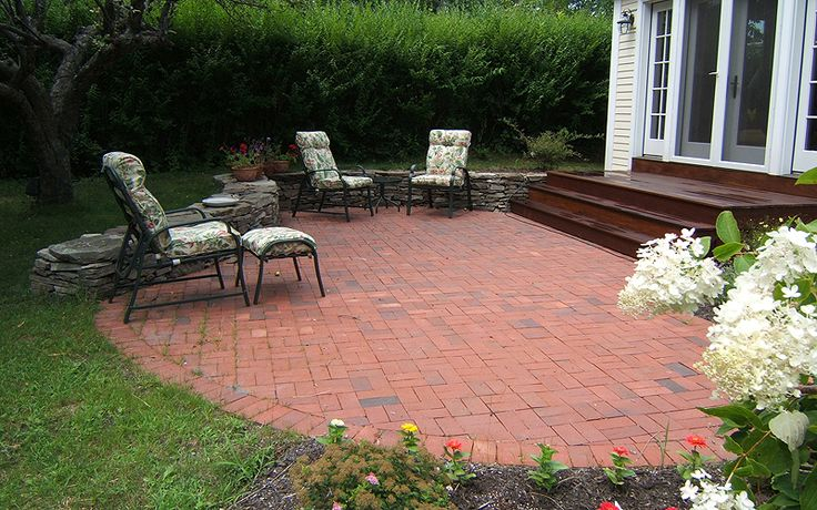 17 Best images about New Brick Patio on Pinterest  How to design Concrete patios and Walkways