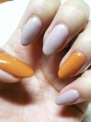 pointed nails. nails