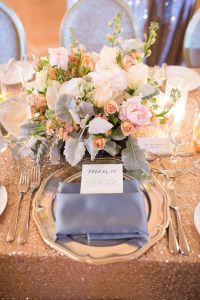 Best 25+ Sequin tablecloth ideas on Pinterest | Sequin ...