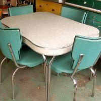 25+ best ideas about Vintage kitchen tables on Pinterest ...