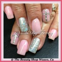 Light pink & sliver gel nails with Rhinestones cross ...