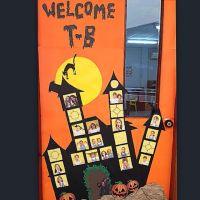 Halloween haunted house classroom door | HALLOWEEN INSIDE ...