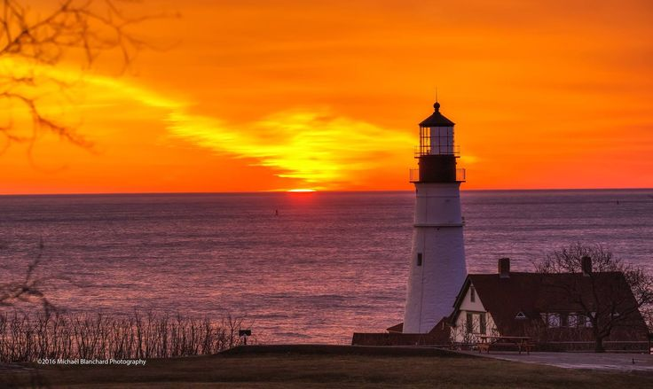 Michigan Fall Wallpaper 2334 Best Images About Lighthouses On Pinterest Portland