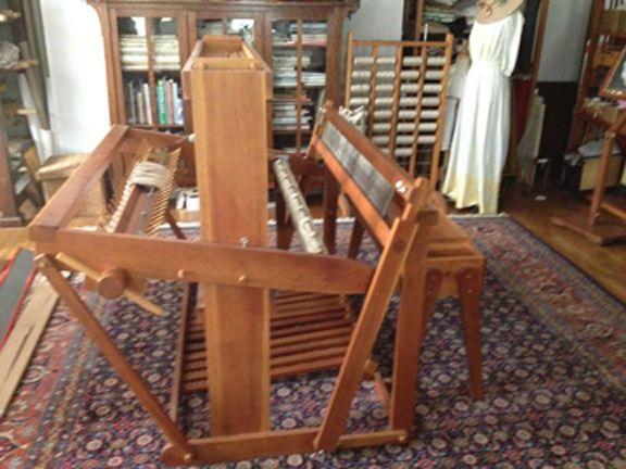 Kyra 8 Harness 48 Floor Loom And Bench Floors Loom And