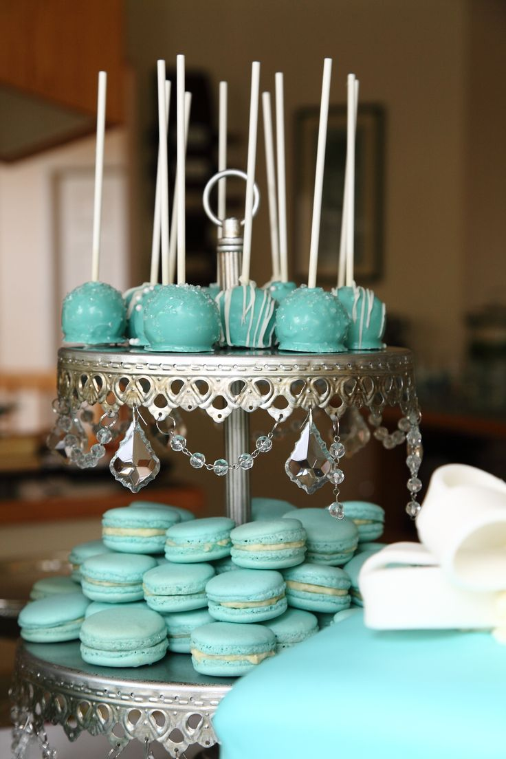 Best 20 Blue Cake Pops ideas on Pinterest  Cake pops near me White cake pops and Baby shower