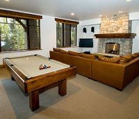 layout with pool table in living room