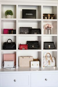 Best 25+ Handbag Display ideas on Pinterest