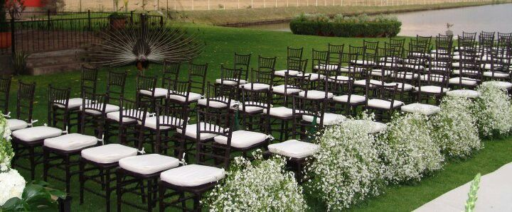Boda Civil Con Decoracion De Flores Y Sillas Any Tel