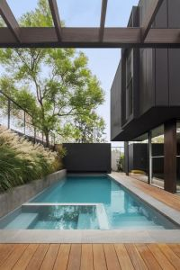 25+ Best Ideas about Pool Tiles on Pinterest | Tropical ...