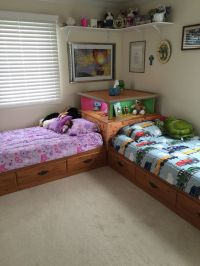 2 Twin Beds With Corner Unit - WoodWorking Projects & Plans