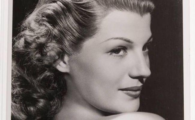 Rita Hayworth Fabulous Hand Signed Autograph Hollywood