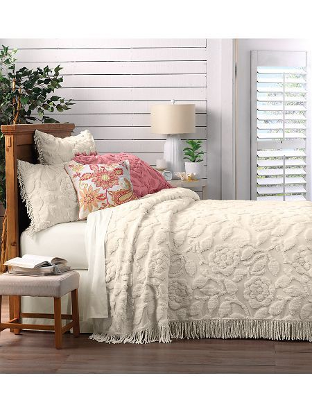 Charleston Chenille Bedspread  New from Linensources