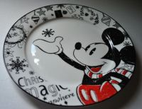 "NEW DISNEY CHRISTMAS MAGIC Dinner Plate 10.5"" MICKEY MOUSE"