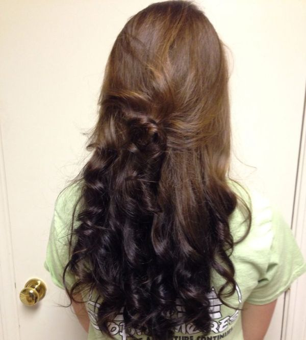 30 Reverse Ombre Hairstyles Curl Hairstyles Ideas Walk The Falls