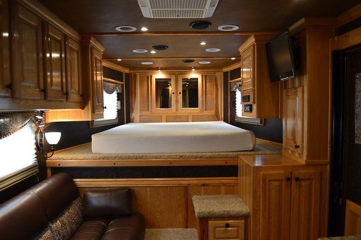 queen sleeper sofa memory foam mattress sam moore recliner hart horse trailer with 12' outlaw conversion, living ...
