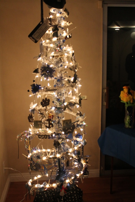 Money Tree for a college graduation party Renee Dambach  Do It Yourself  Pinterest  Trees