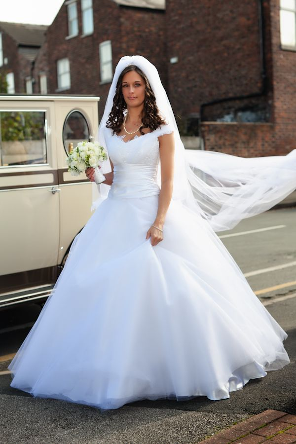1000 ideas about Gypsy Wedding Dresses on Pinterest  Big Fat Gypsy Wedding Gipsy Wedding and