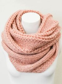 25+ Best Ideas about Cable Knit Scarves on Pinterest ...