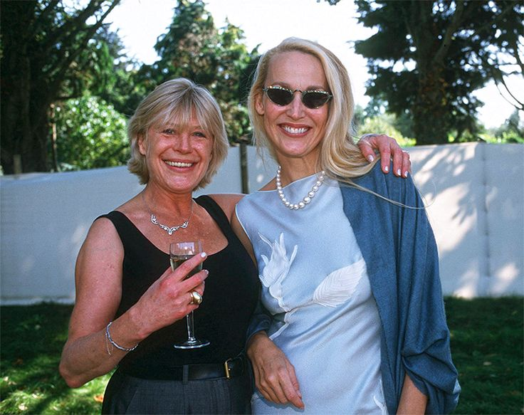 Marianne Faithfull and Jerry Hall at Angela Richards daughter of Keith Richards wedding 1998