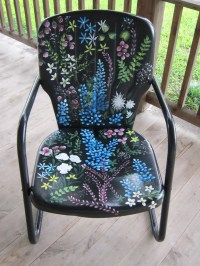 Love the cool paint job on this metal lawn chair! Visit ...