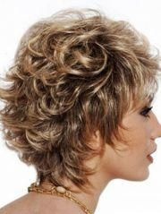 naturally curly layered hairstyles