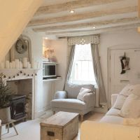 25+ best ideas about Country cottage decorating on ...